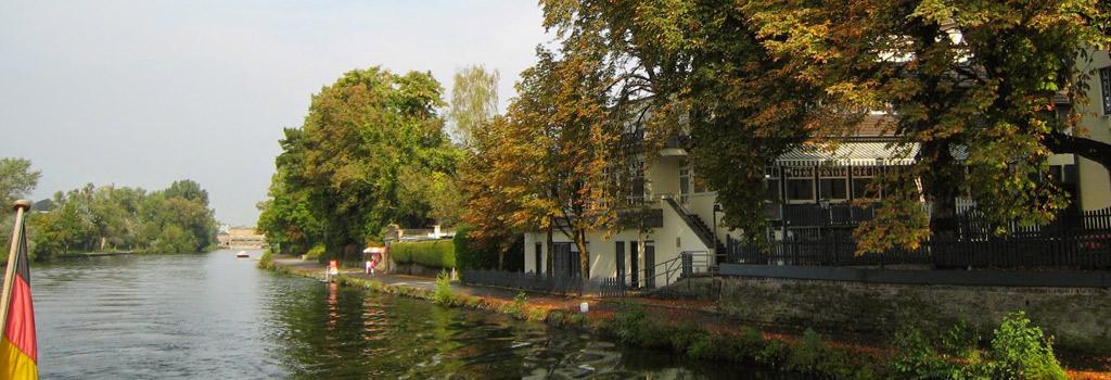 Mit dem Boot auf der Ruhr