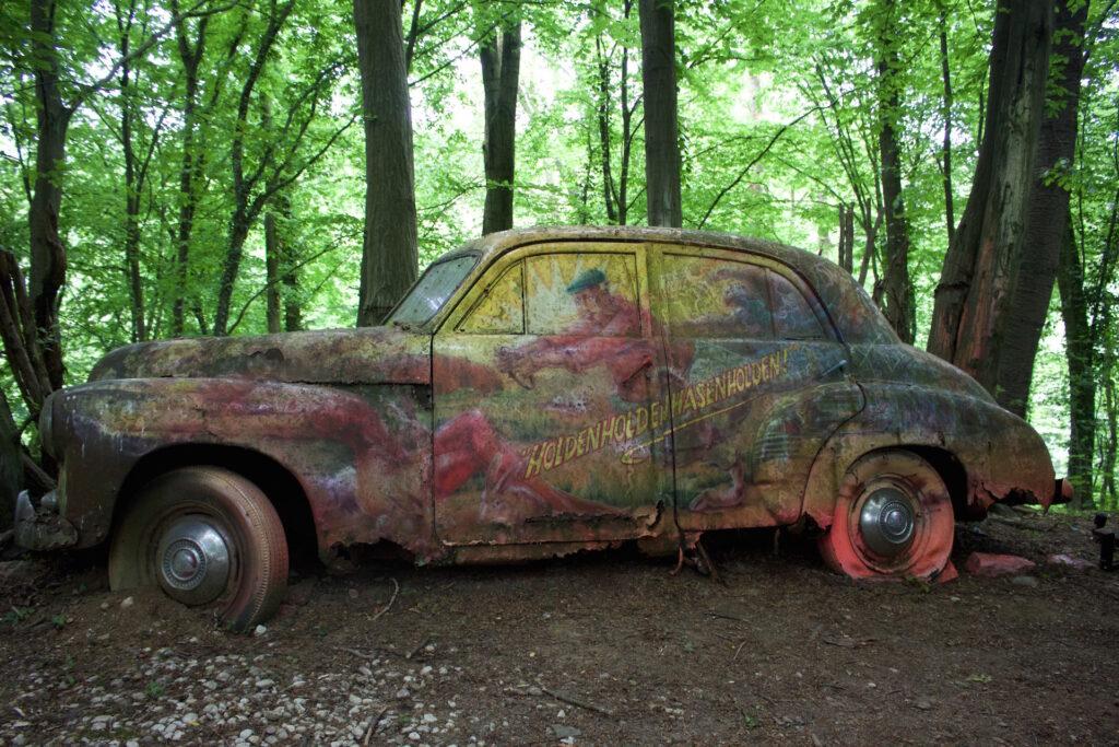 autofriedhof_vielweib_autoskulpturenpark_mettmann34