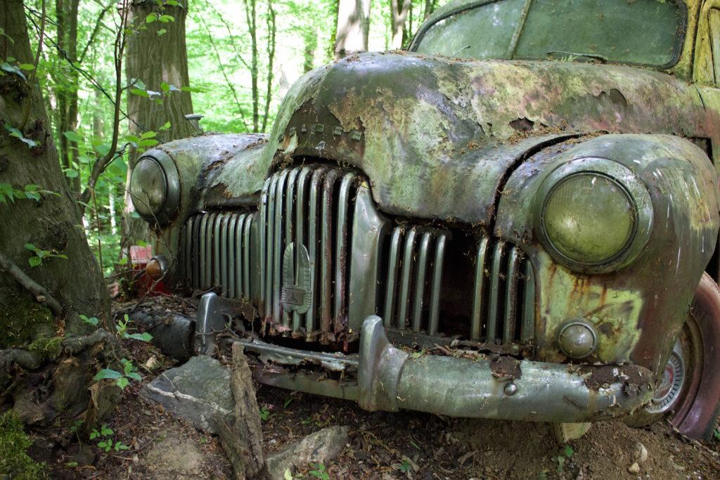 autofriedhof_vielweib_autoskulpturenpark_mettmann39