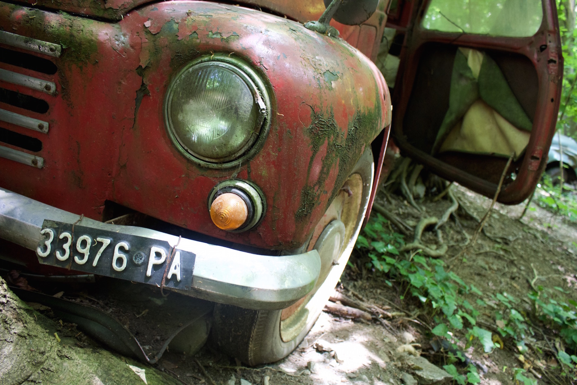 autofriedhof_vielweib_autoskulpturenpark_mettmann5