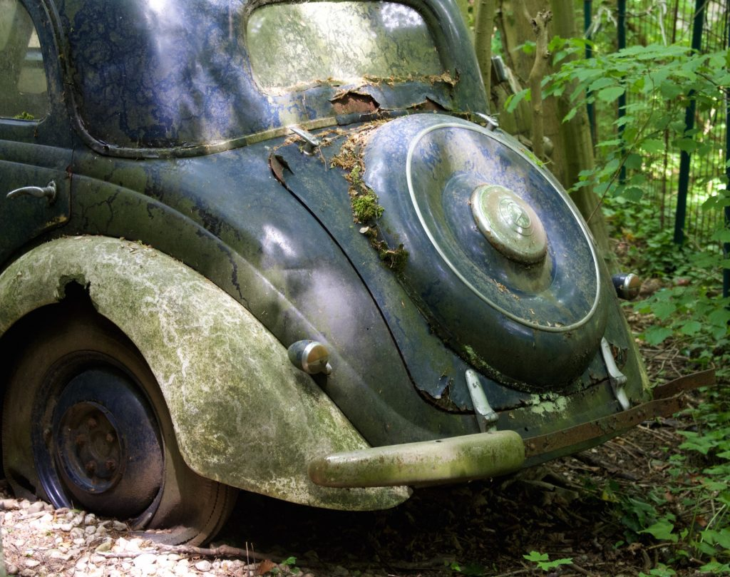autofriedhof_vielweib_autoskulpturenpark_mettmann74