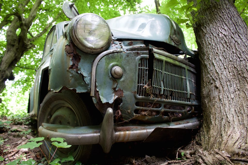 autofriedhof_vielweib_autoskulpturenpark_mettmann9