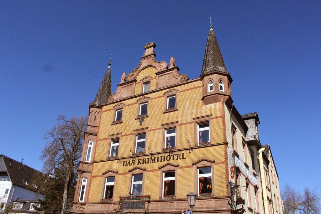 krimihotel_eifel_vielweib12