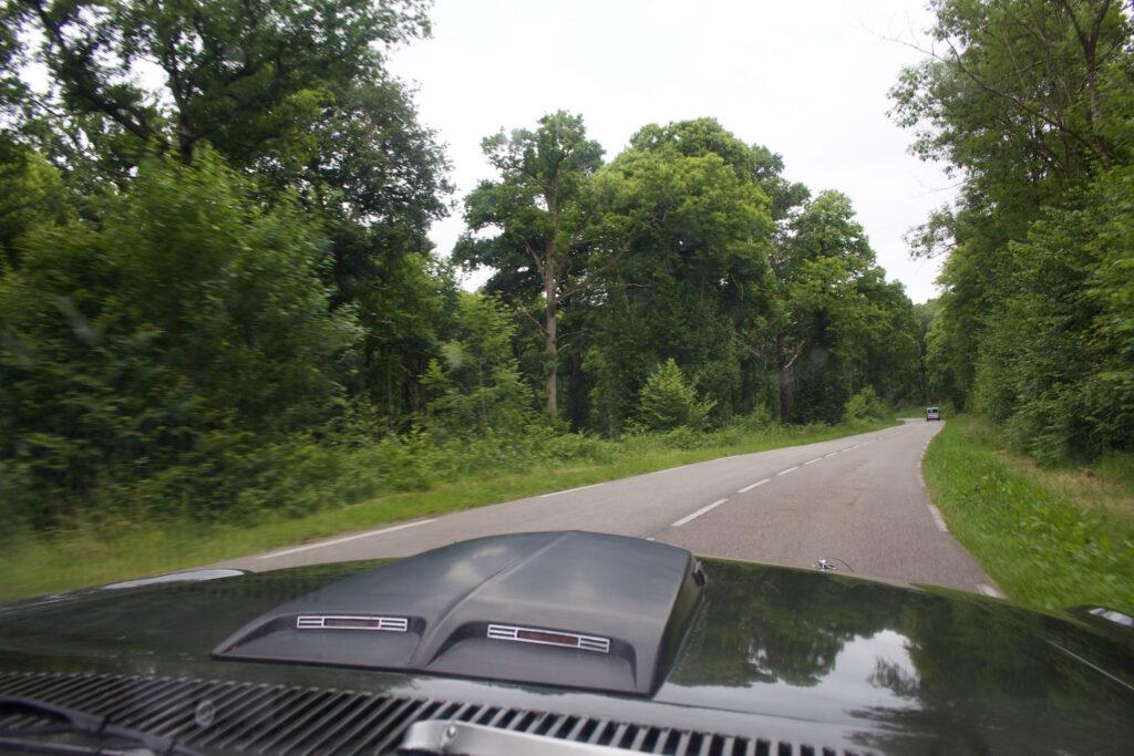 Mustang Ford Normandie Roadtrip Vernier Moor Vintagcar Oldtimer Frankreich reise urlaub ausflug besonders