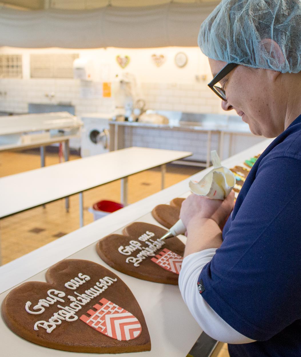 Meike Theis auch nach über 18 Jahren Zuckerbäckerin mit Leidenschaft