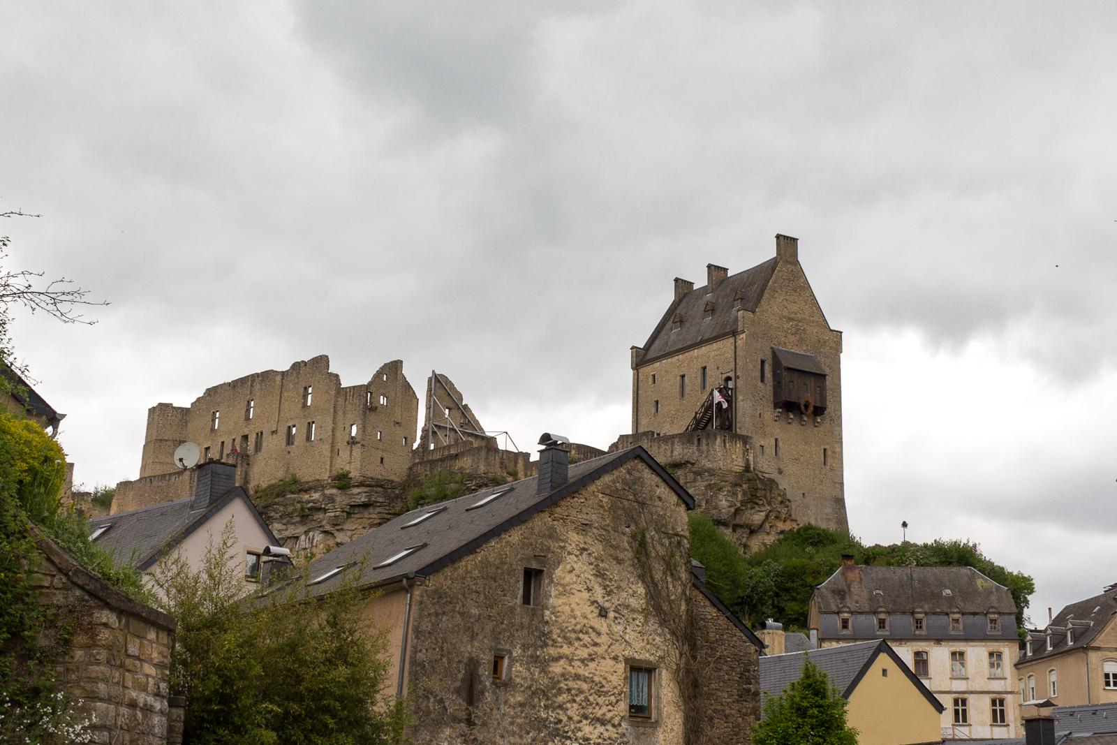 Luxemburg, Luxembourg, Roadtrip, Cabriotour, Burgruine, Larochette Fiels