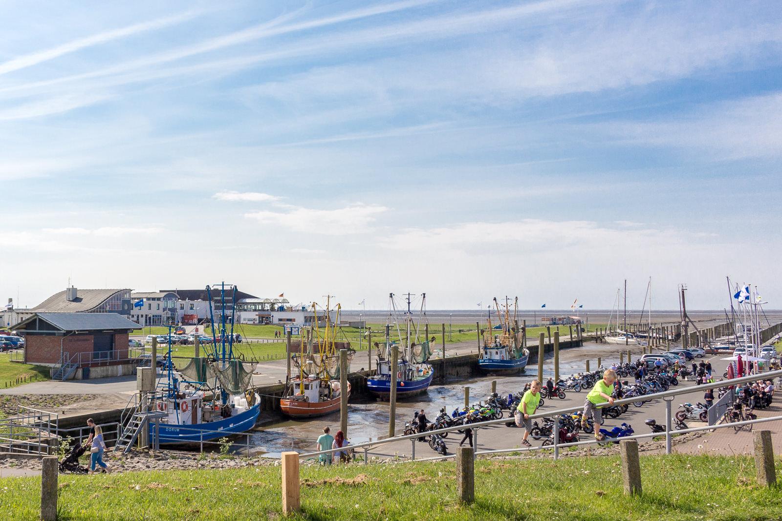Cuxhaven, Hafen, Schiffe, Ausflugstipp, Krabbenbrötchen, Motorradtreff