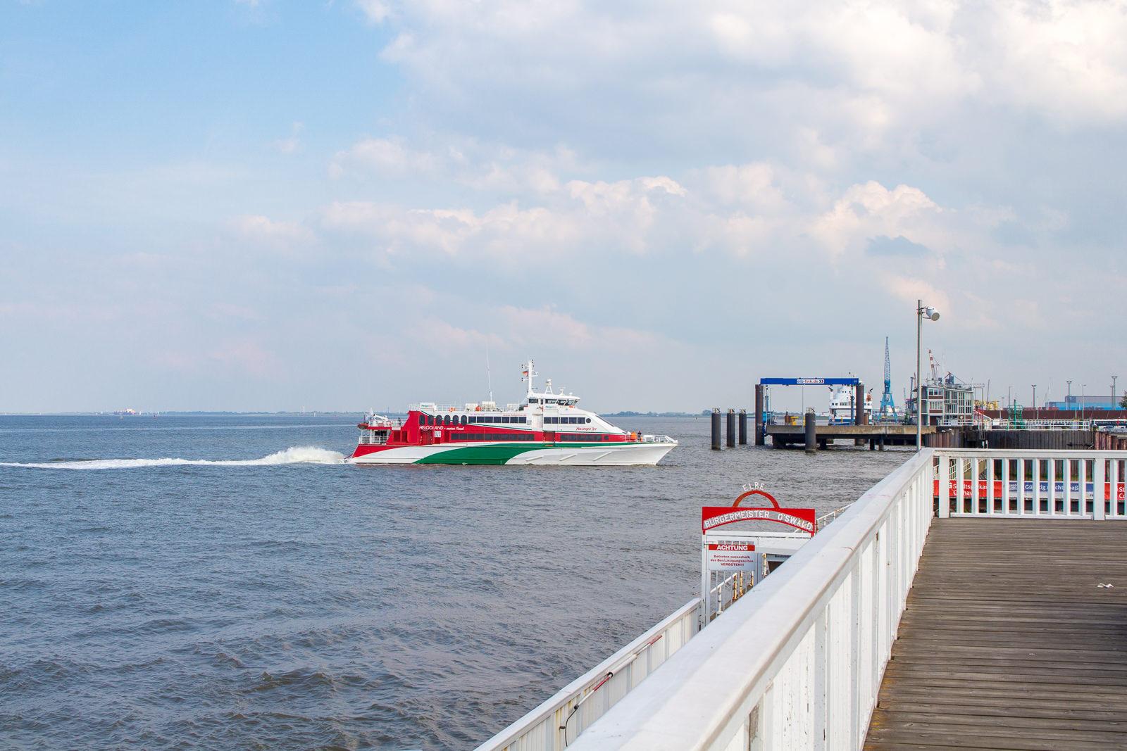 Cuxhaven: Maritime Erholung mit Alter Liebe, dicken Pötten und ...