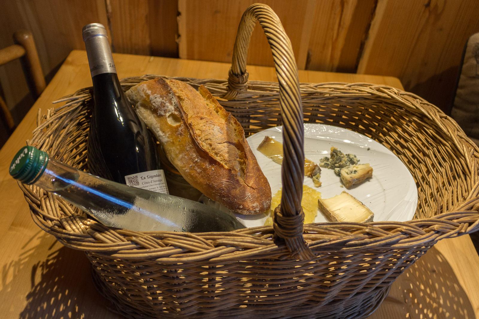 Volcalodges des Tournebise, auvergne, holzhaus, selbstverpflegung, restaurant