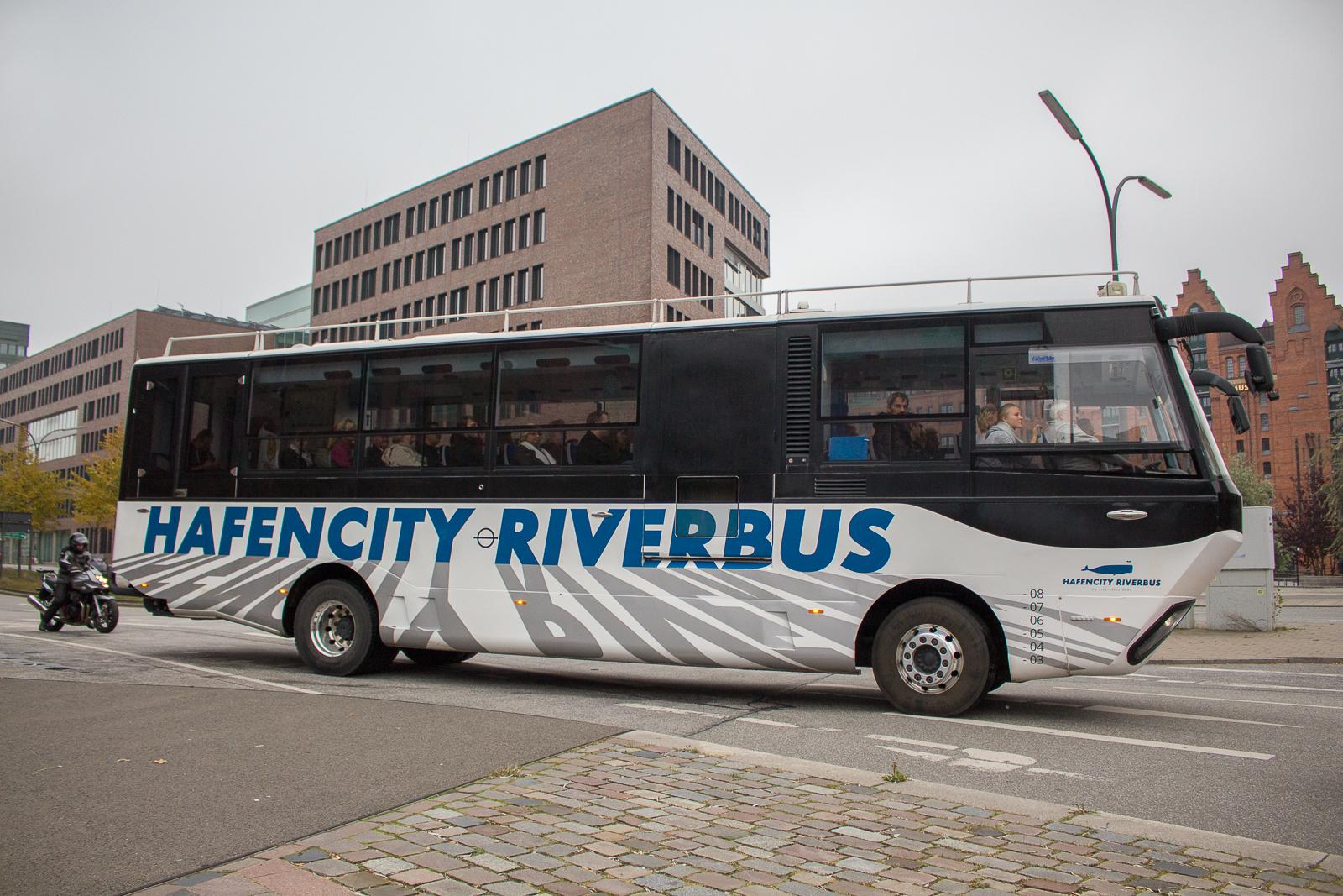 hamburg, stadtkreuzfahrt, hafenbus, riverbus, hafencity, amphibienfahrzeug, amphibienbus