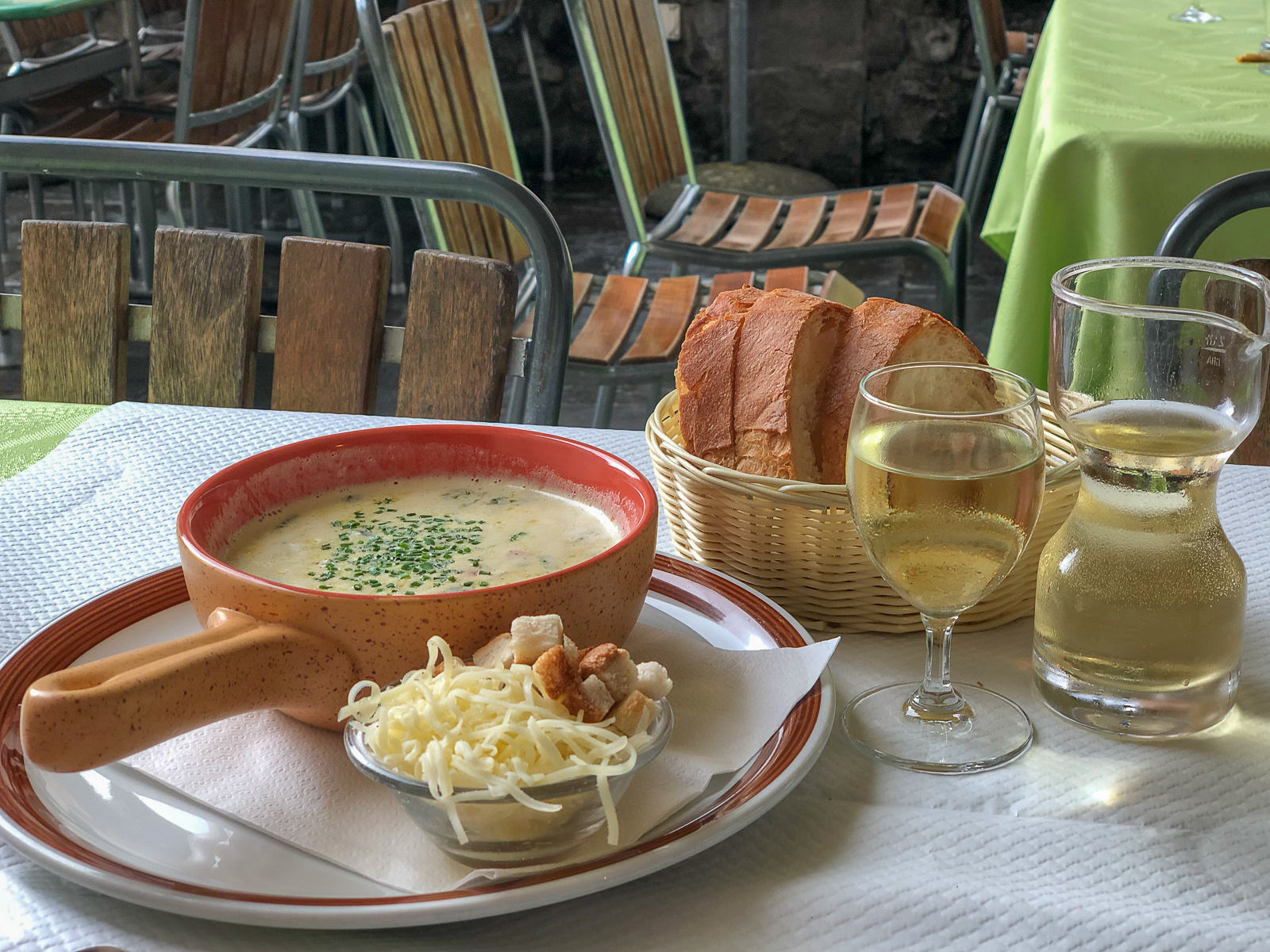 Soupe de Chalet, Gruyères,Gruyère, Bergsuppe, Alpenkäse,Gruyère AOP, Rezept