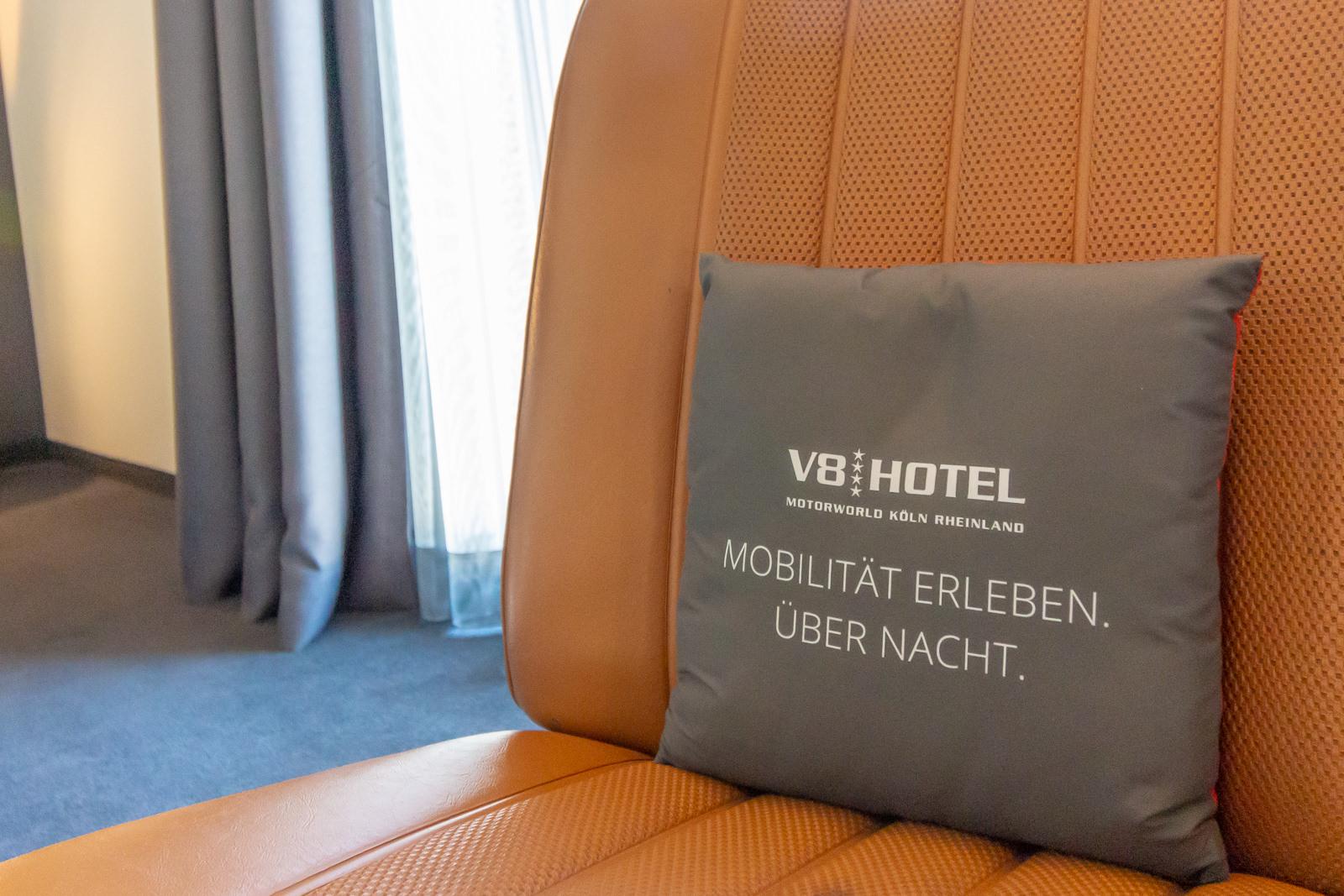 Abgefahren Im Kolner V8 Hotel Werden Automobiltraume Wahr