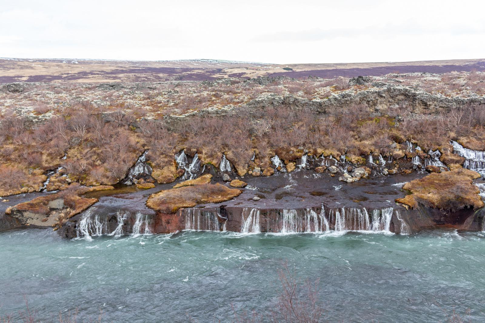 Islad, Hraunfossar und Barnafoss